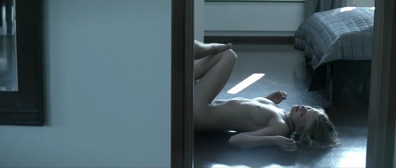 Natalia Rybicka nude - Chrzest (2010)