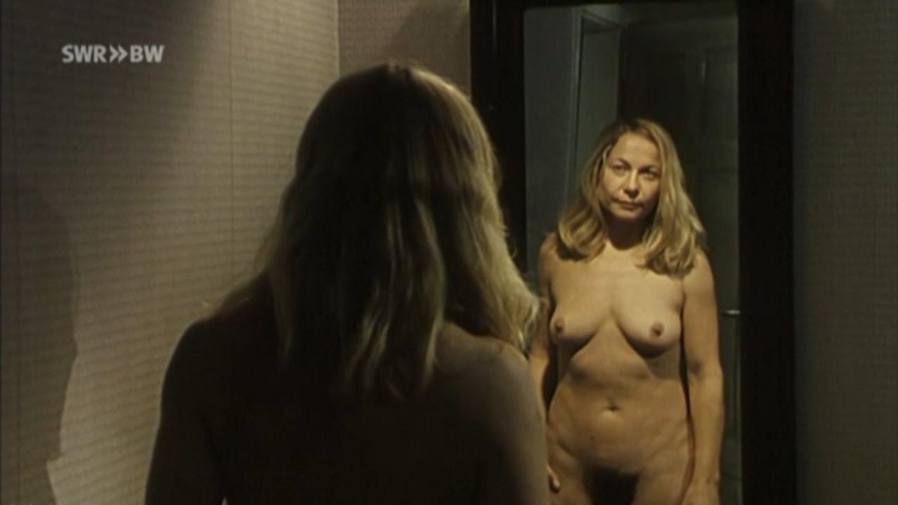 Susanne-Marie Wrage nude - Das Verlangen (2002)