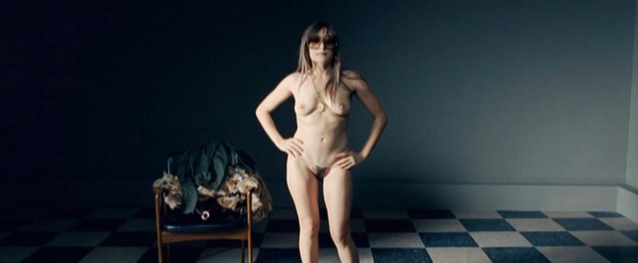 Candela Pena nude - Los anos desnudos (2008)