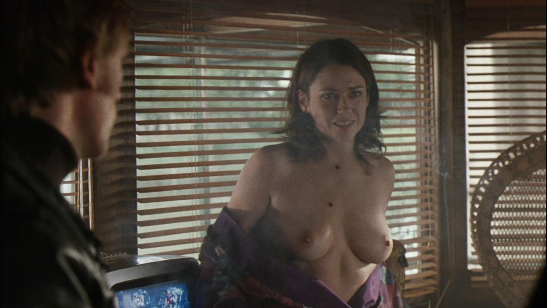 Marie-Josee Croze nude - Munich (2005)