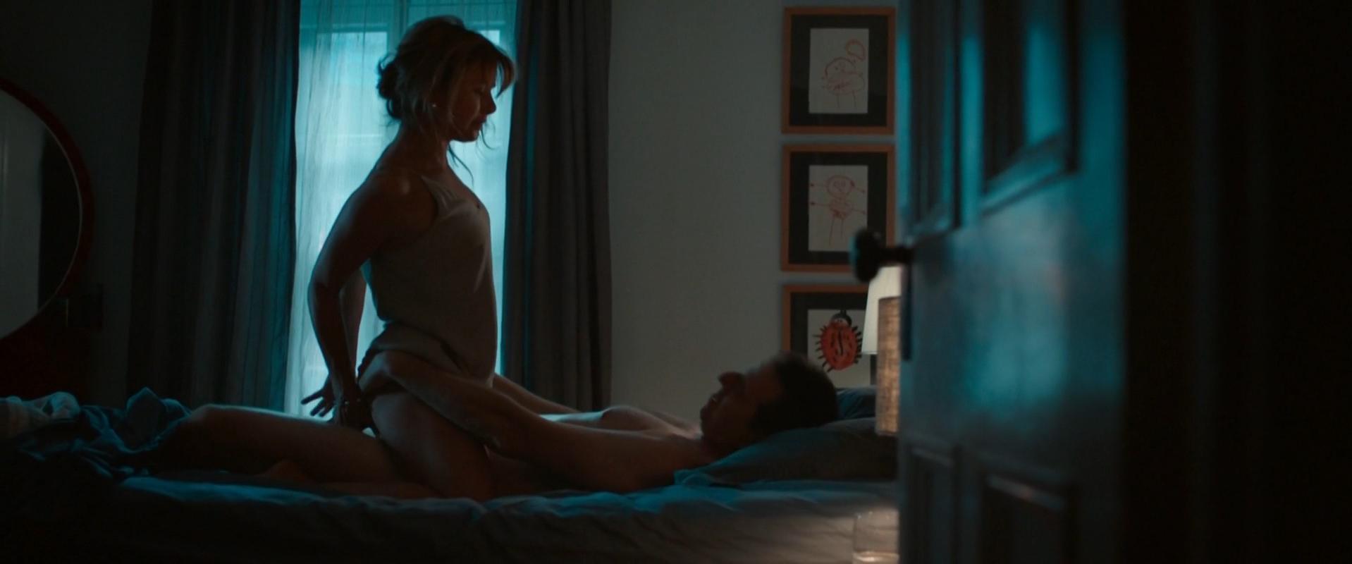 Isabel Richer sexy, Ayana O'Shun sexy - Les 3 p'tits cochons 2 (2016)