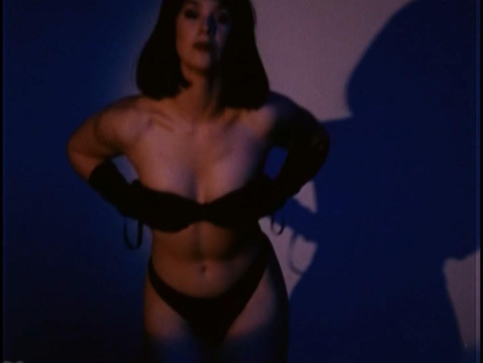 Belinda McClory nude - Life (1996)