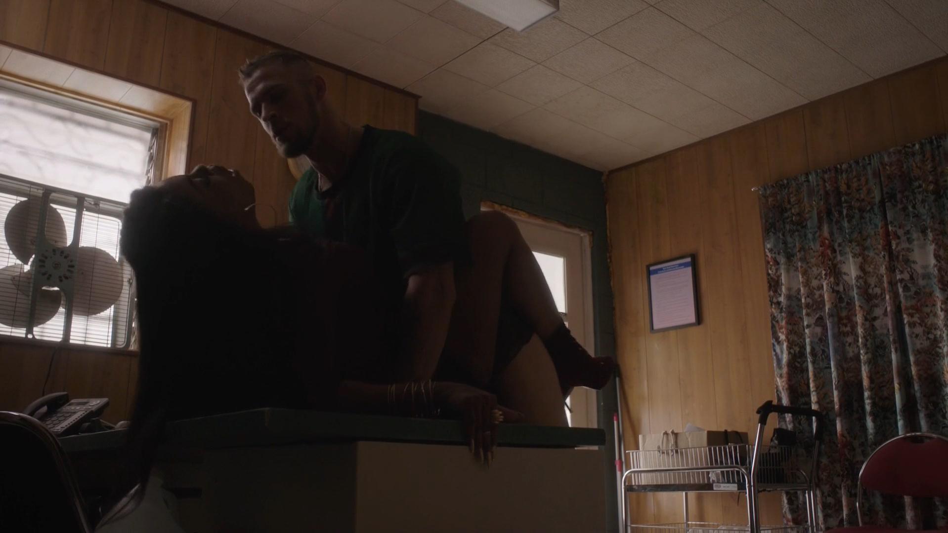 Niecy nash sexy butt #11