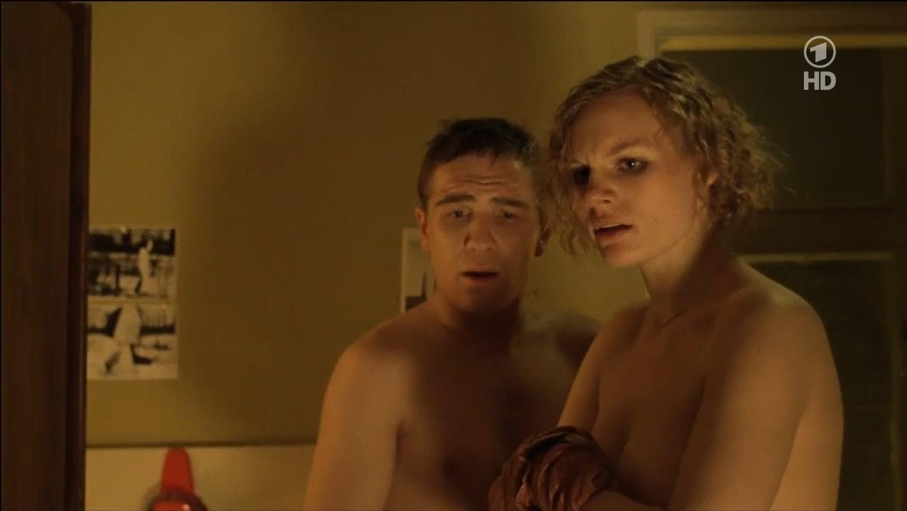 Rosalie Thomass nude - Neue Vahr Sud (2010)