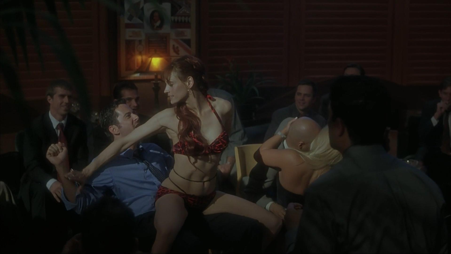 Famke Janssen sexy, Jenteal sexy - Made (2001)