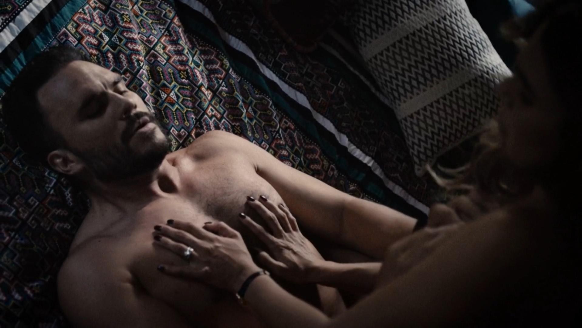 Nadine Velazquez nude - Six s01e05 (2017)