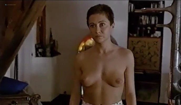 Fanny Bastien nude, Marisa Berenson nude, Agnes Garreau nude - La tete dans le sac (1983)