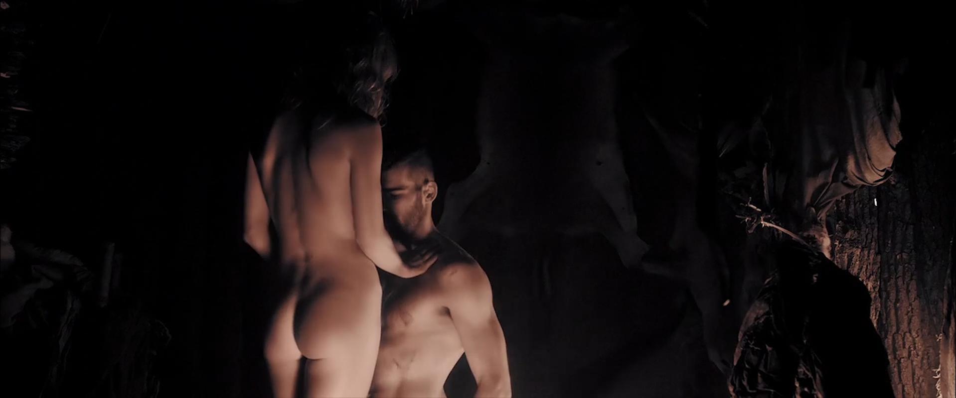 Annabelle Wallis nude - Sword of Vengeance (2015)