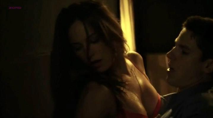 Briana Evigan sexy - Stash House (2012)