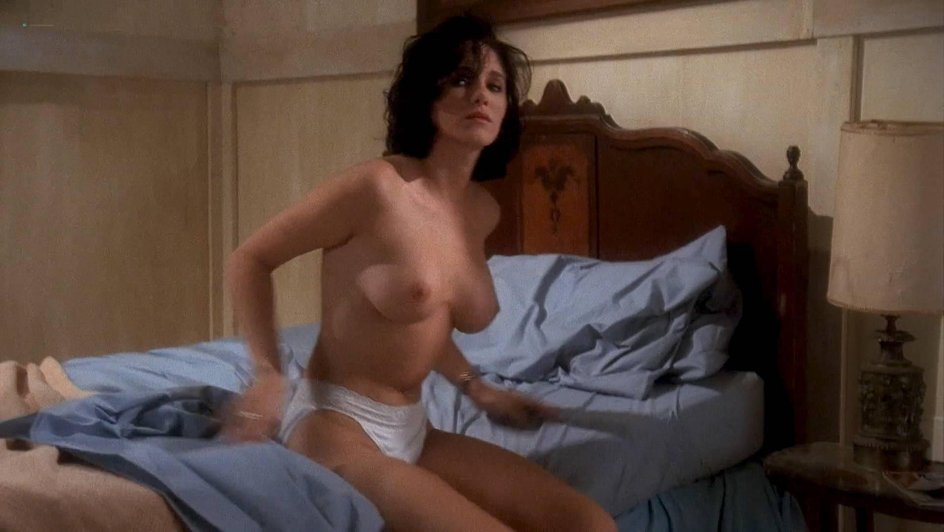 Charlie Spradling nude, Elizabeth Maclellan sexy - Puppet Master II (1990)
