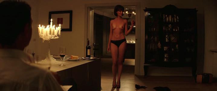 Daniela Virgilio nude - Vinodentro (2013)