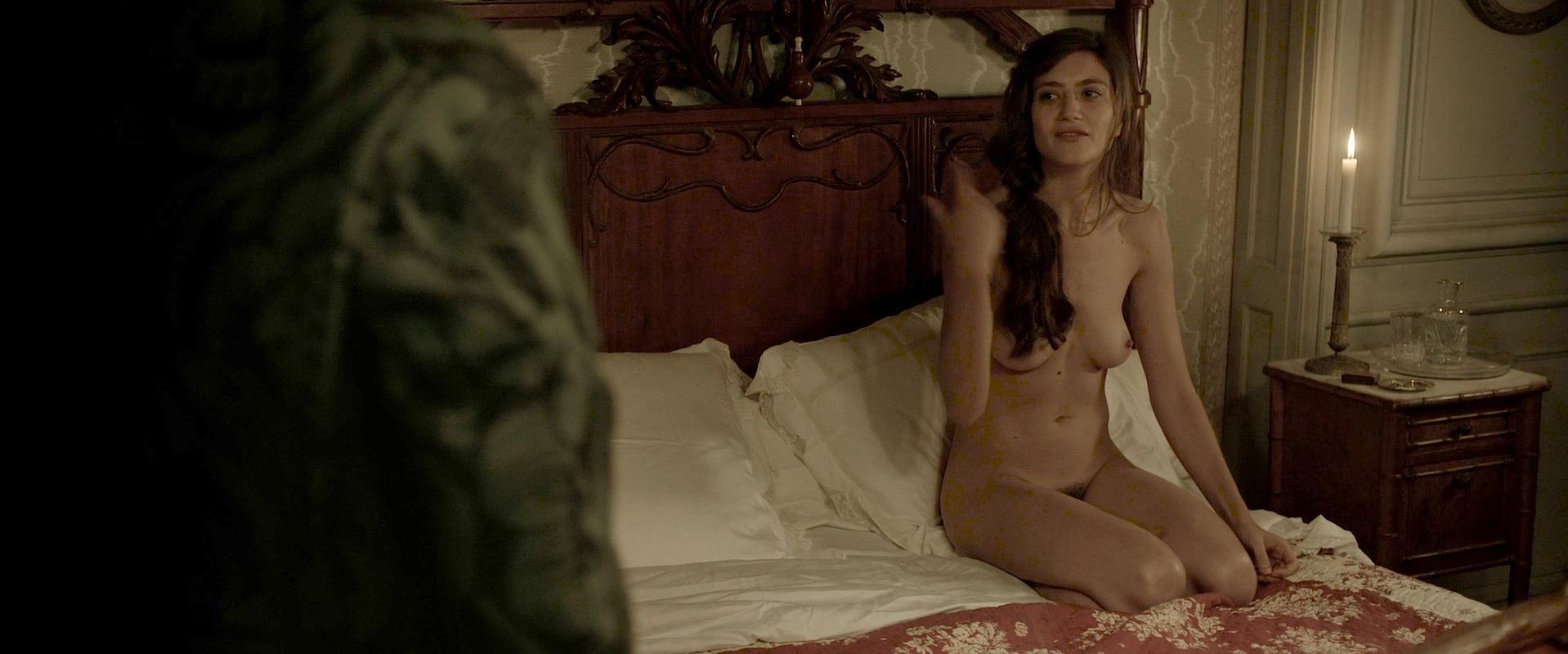 Georgia Scalliet nude, Alix Benezech nude - L'odeur de la Mandarine (2015)