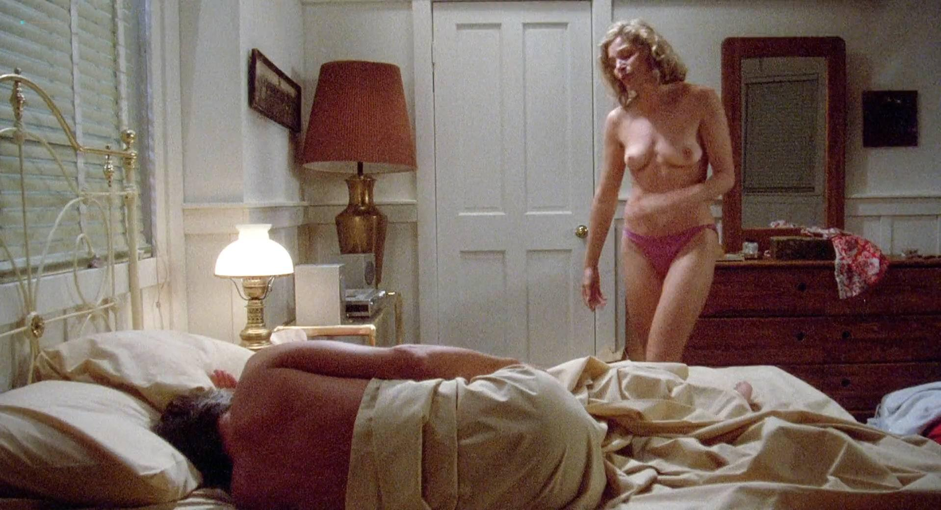 Helen Shaver nude, Ann Dusenberry nude, Marilyn Jones nude, Jennifer Jason Leigh nude - The Men's Club (1986)