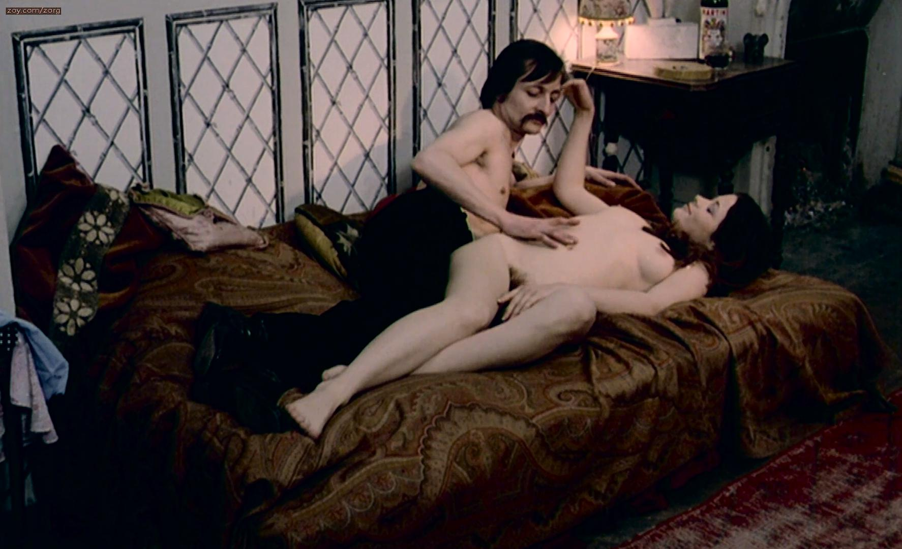 Joelle Coeur nude, Gilda Arancio nude - Schoolgirl Hitchhikers (1973)