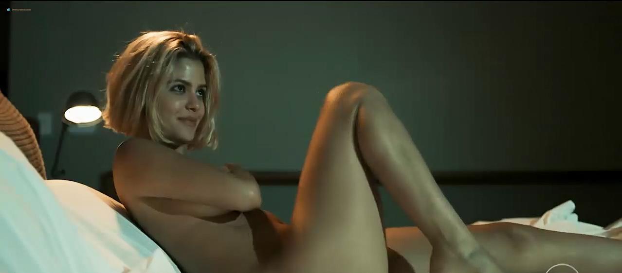 Julia Dalavia nude, Marjorie Estiano sexy, Leandra Leal sexy - Justica s01e04-08 (2016)