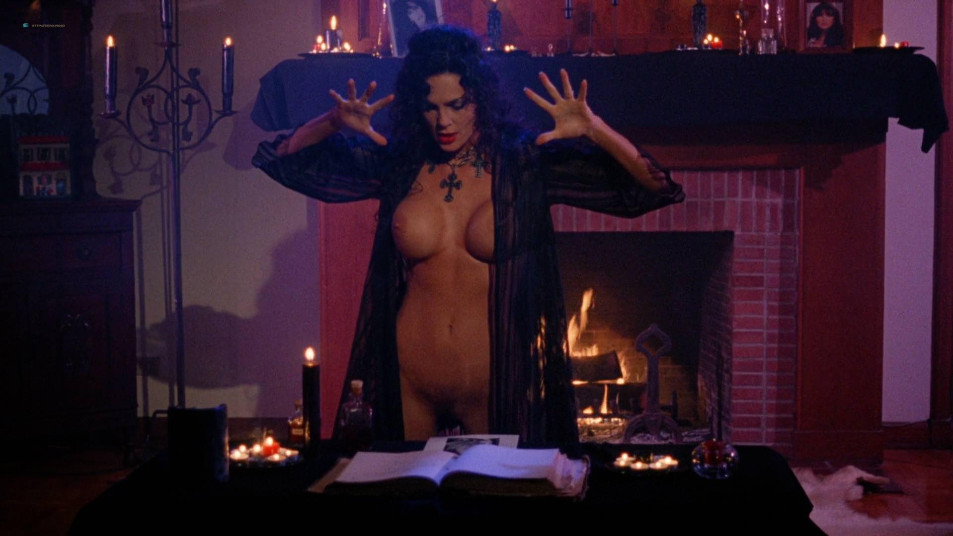 Julie Strain nude, Rochelle Swanson nude, Kristi Ducati nude - Sorceress (1994)
