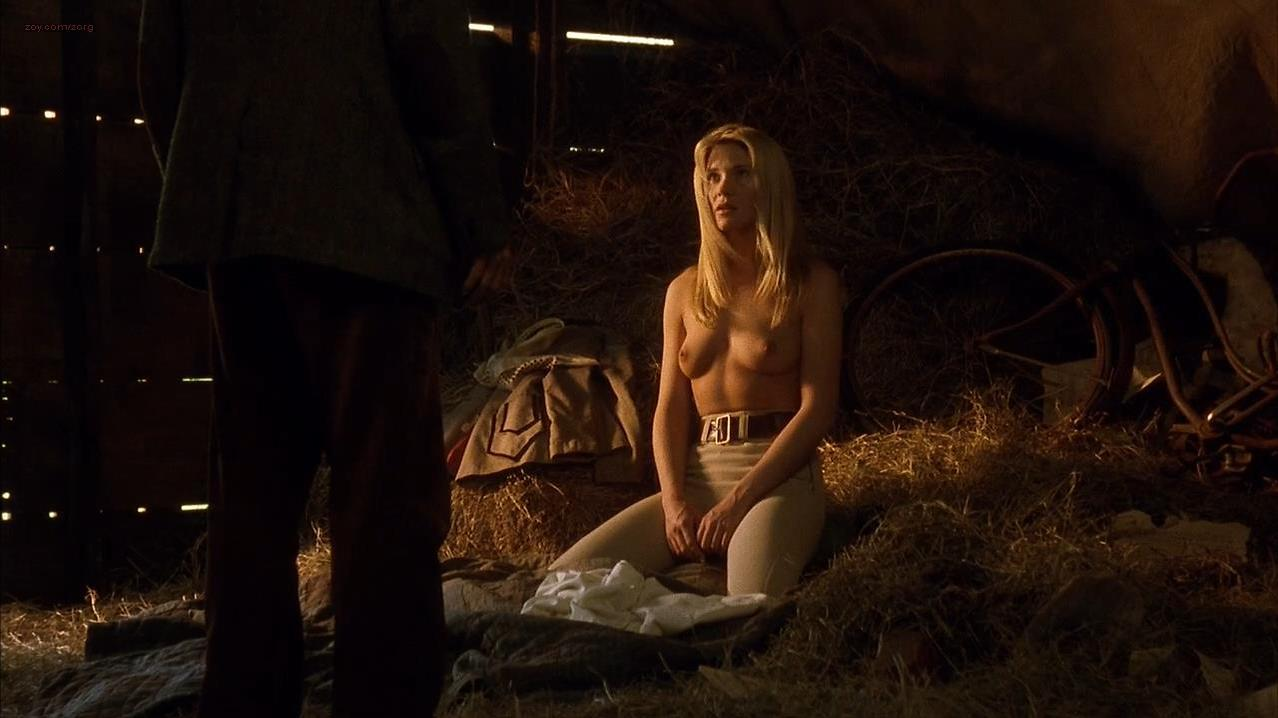Amy Locane nude - Carried Away (1996)
