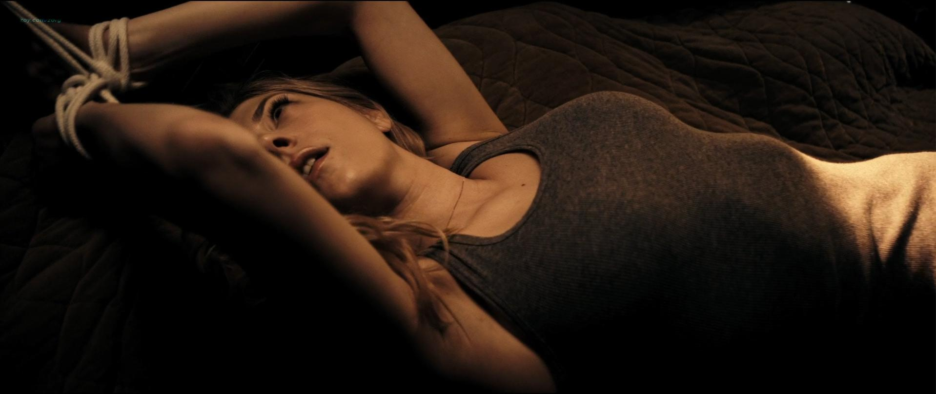 Katheryn Winnick sexy - Choose (2010)