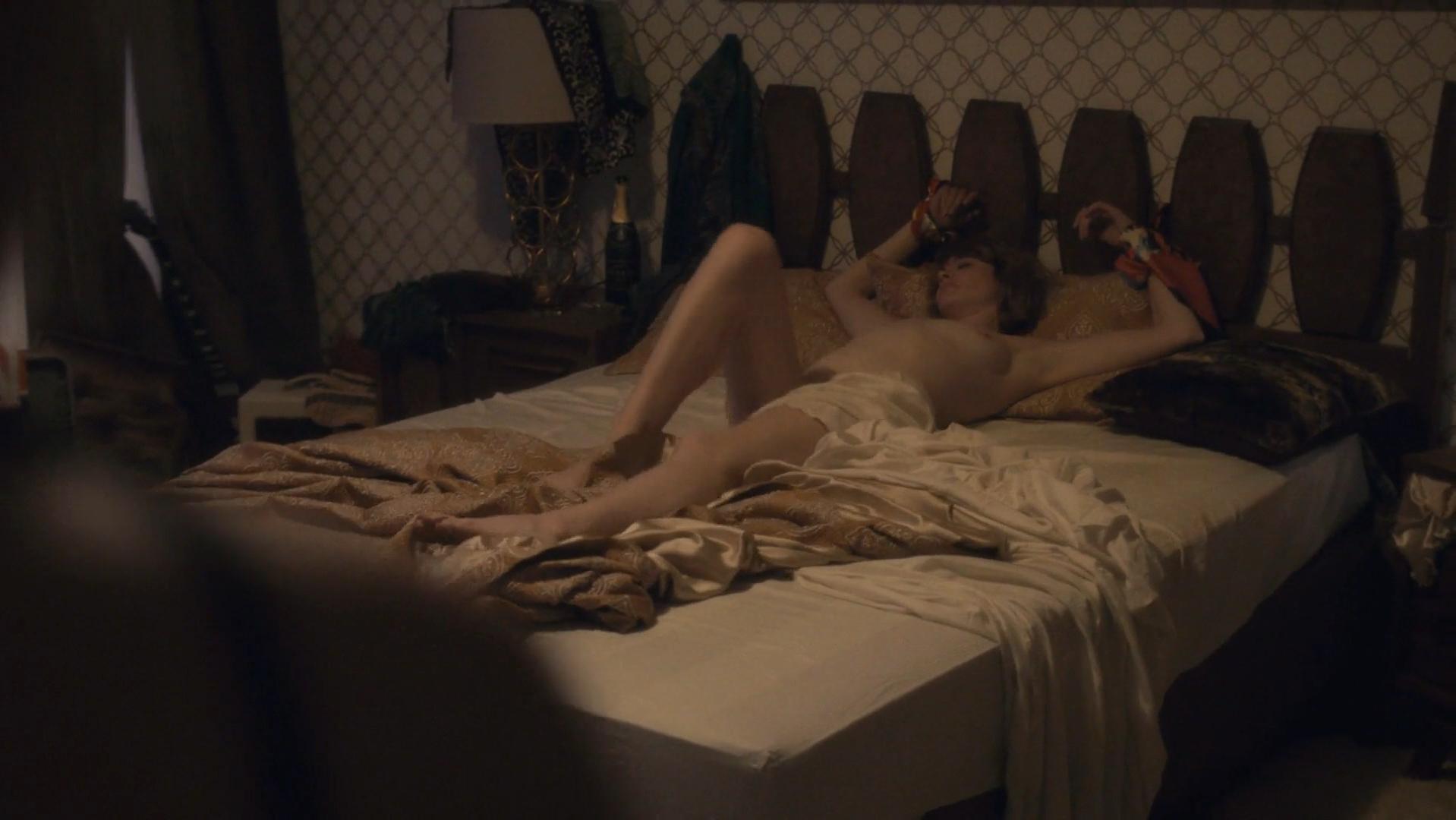 Sarah Stiles nude, Nicole LaLiberte nude - I'm Dying Up Here s01e04 (2017)