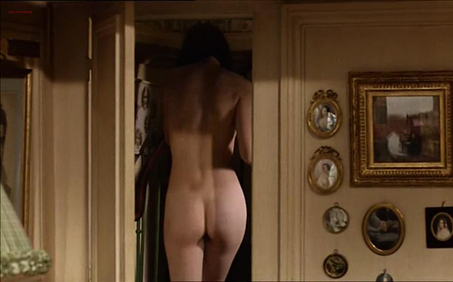 Elodie Bouchez nude, Sophie Aubry nude - Le plus bel age (1995)