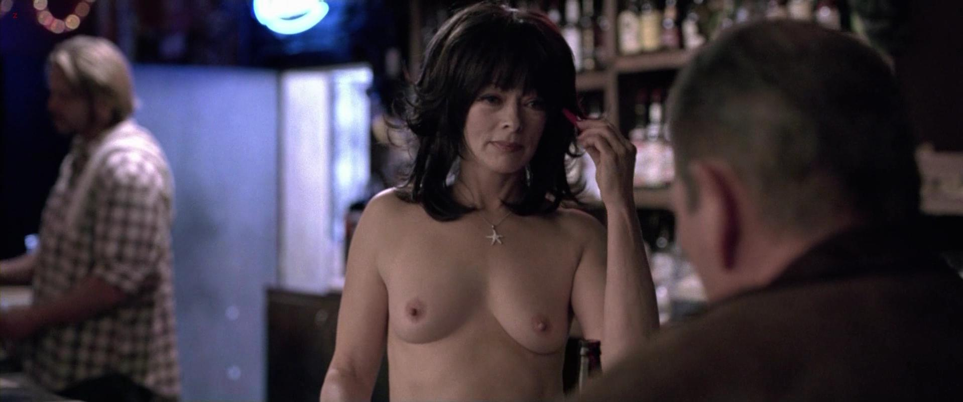 stocking hairy mature porno