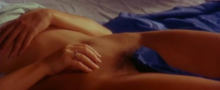 Gloria Guida nude, Ilona Staller nude - La Liceale (1975)