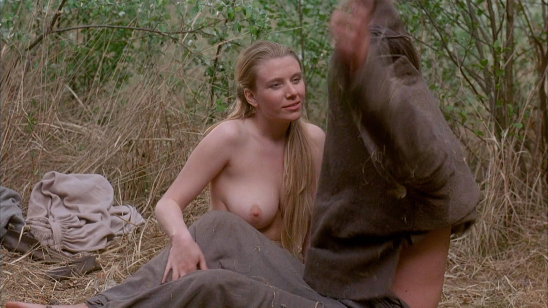 Melanie doutey nude boobs and bush in el lobo movie - 1 part 3