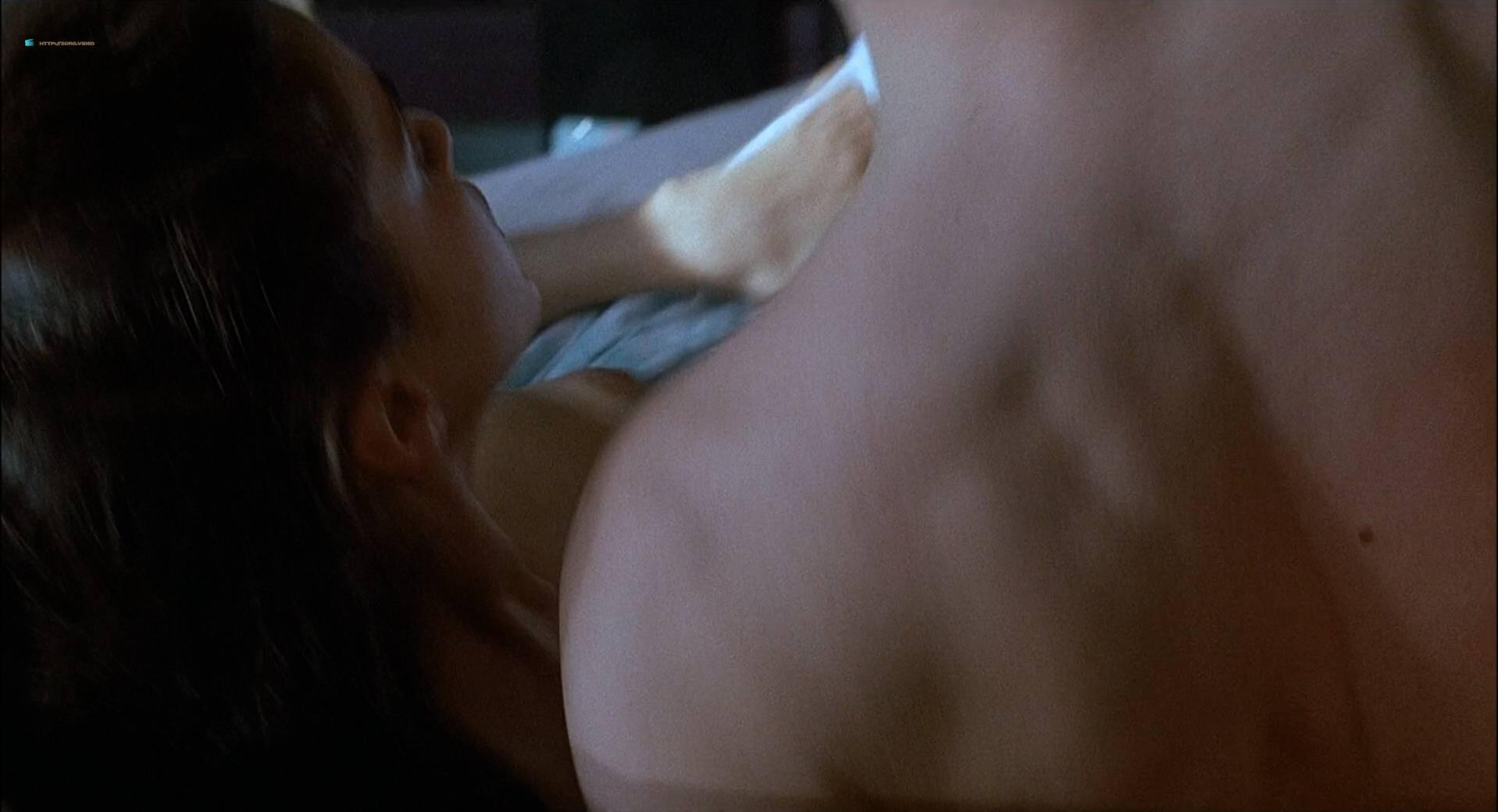 ... Jami Gertz nude - Less Than Zero (1987) ...