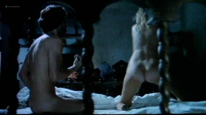 Janet Agren nude, Jenny Tamburi nude, Ewa Aulin nude, Angela Covello nude, Ornella Muti sexy - Fiorina la vacca (1972)