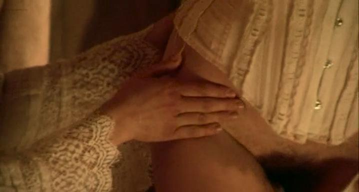 Antonella Salvucci nude, Sara Sartini nude - L'educazione sentimentale di Eugenie (2005)