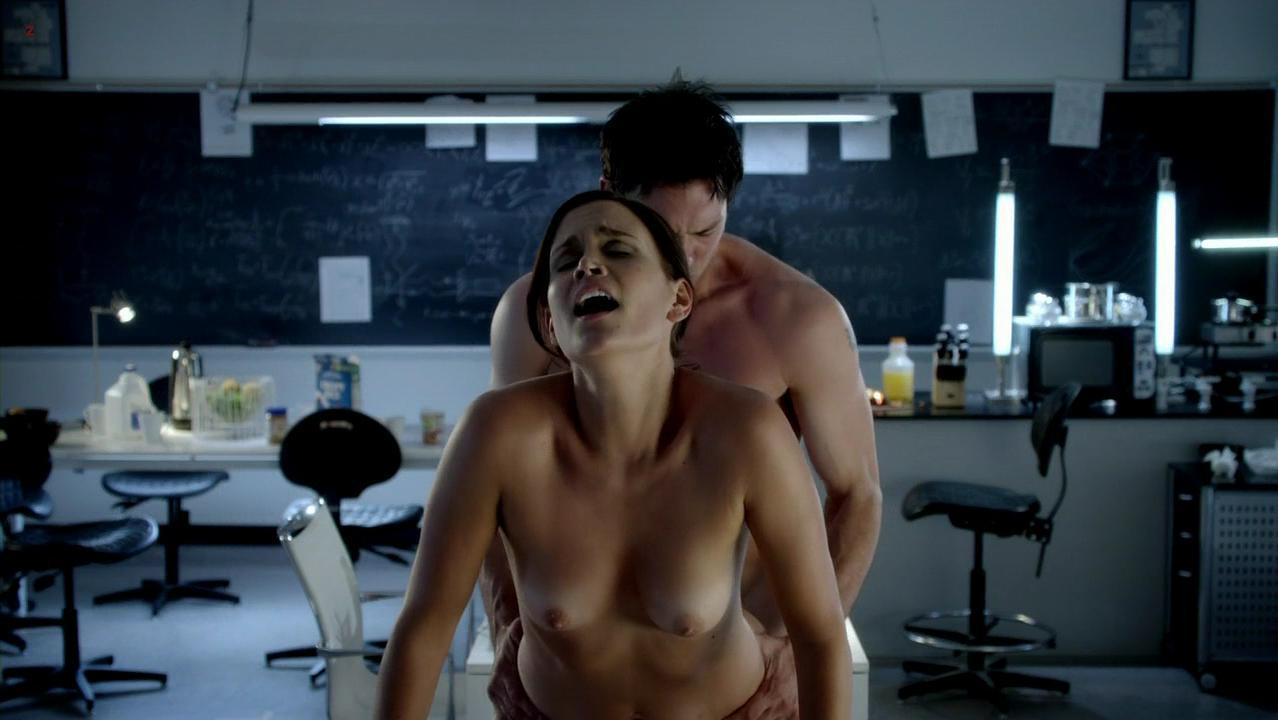 Ashley Noel nude - Femme Fatales s02e06 (2012)