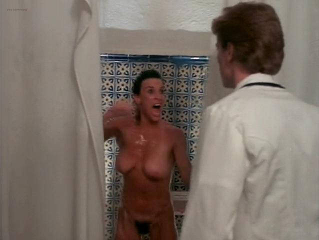 Bea Fiedler nude, Taaffe O'Connell nude, Louisa Moritz nude - Hot Chili (1985)