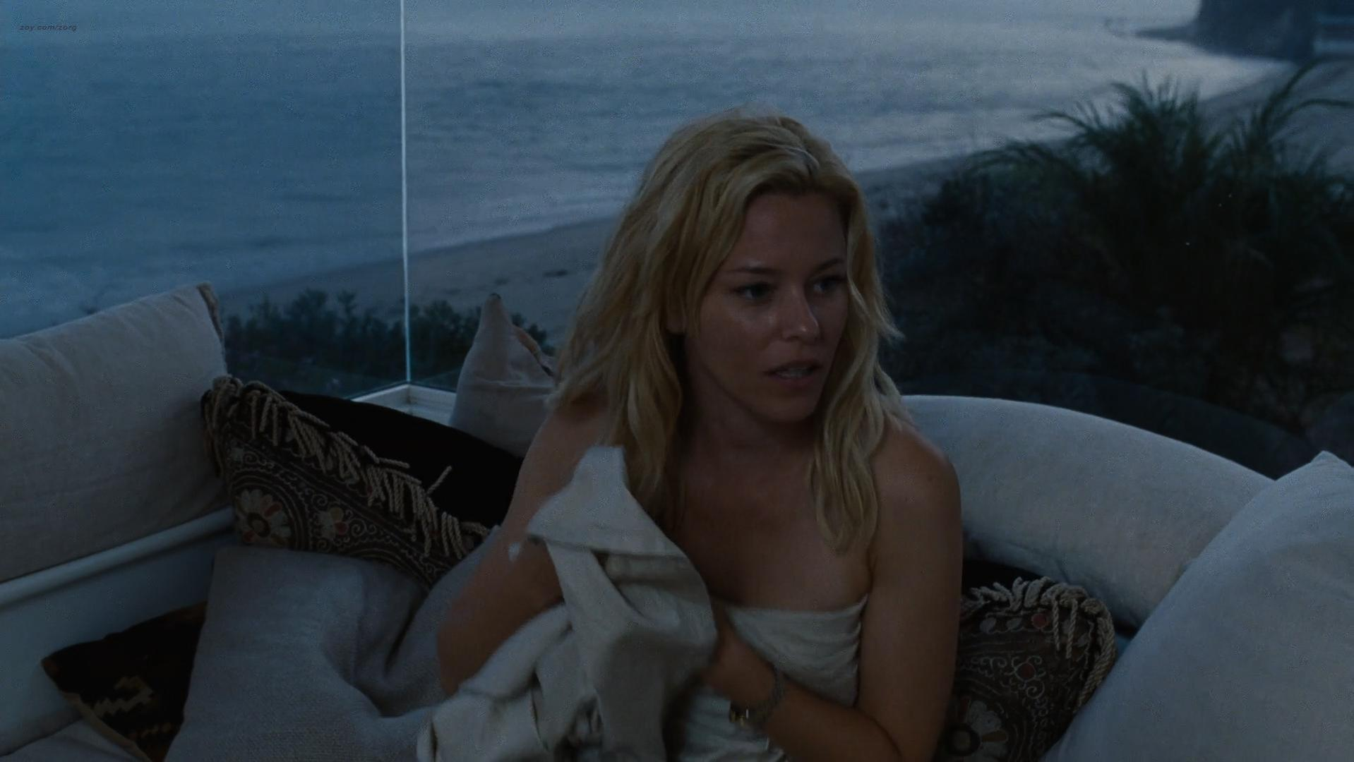Elizabeth Banks sexy - Love And Mercy (2014)