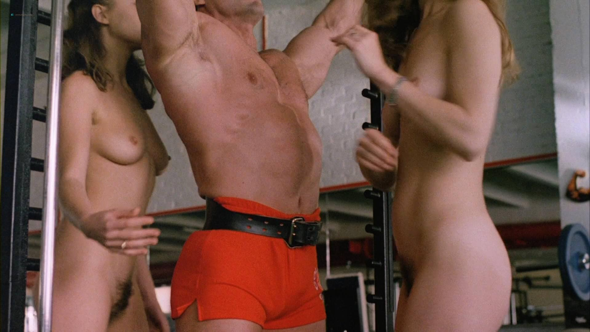 austin-powers-sex-scenes-nude