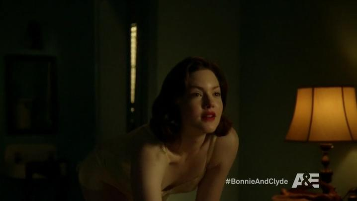 Holliday Grainger sexy - Bonnie and Clyde (2013)