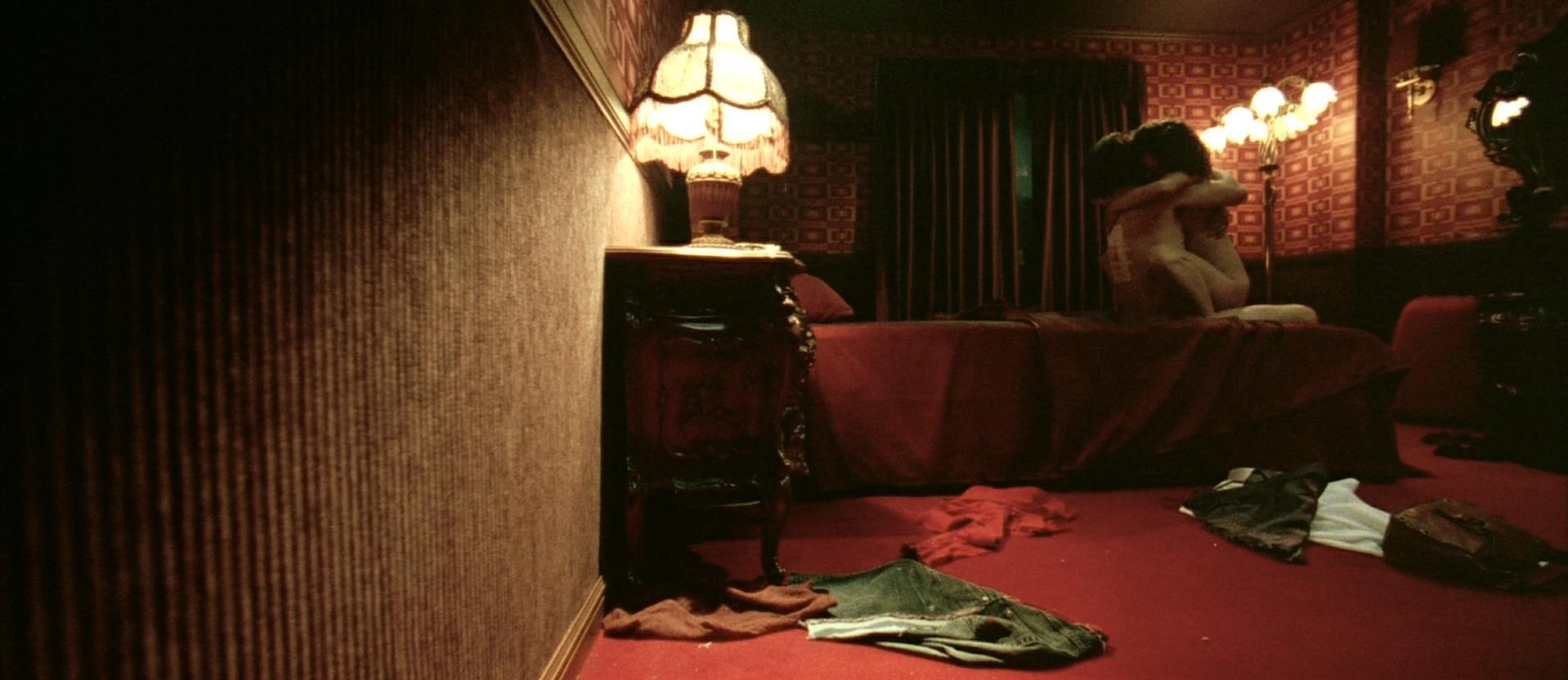 Hye-jeong Kang nude, Jin-seo Yun nude - Oldboy (2003)
