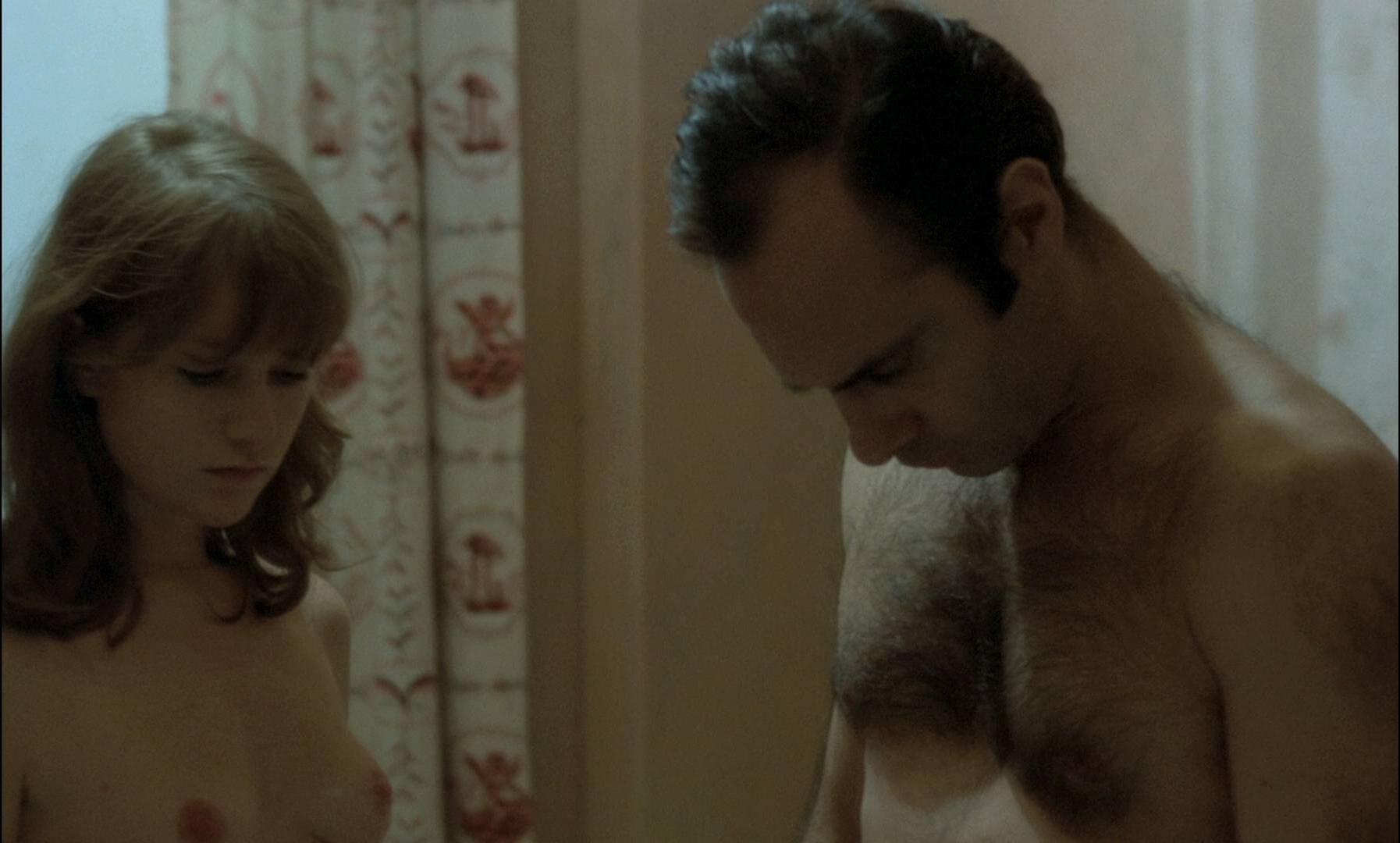 Isabelle Huppert nude, Agnes Rosier nude - Loulou (1980)