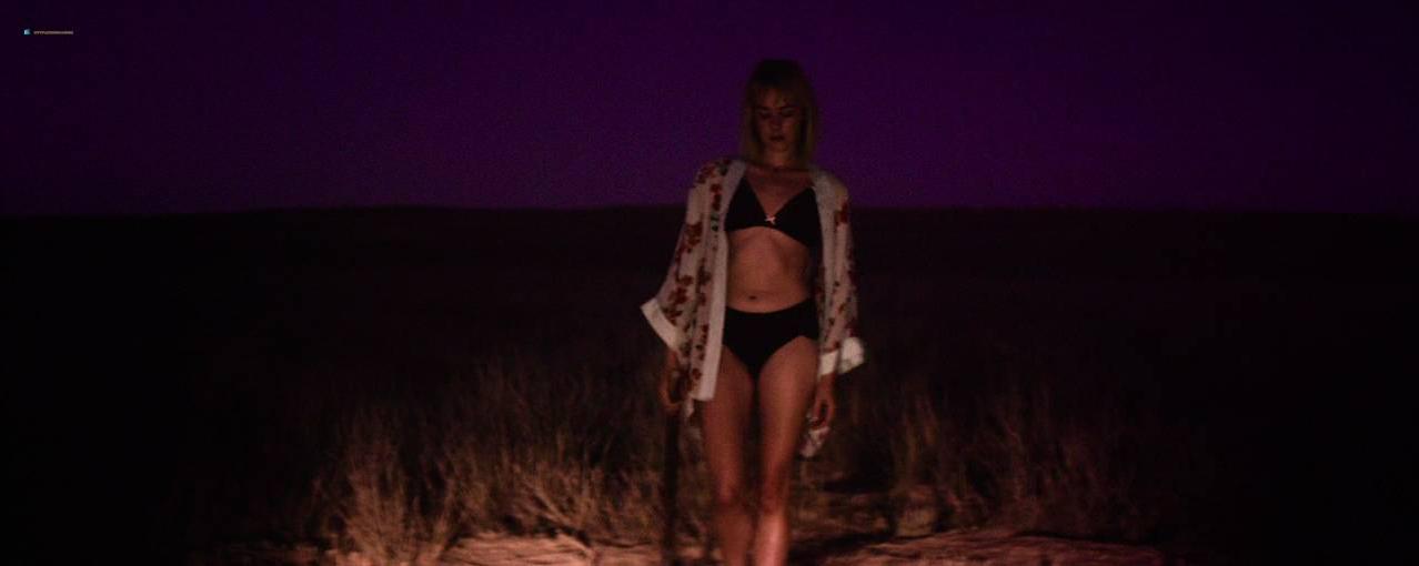 Jena Malone nude - Bottom of the World (2017)