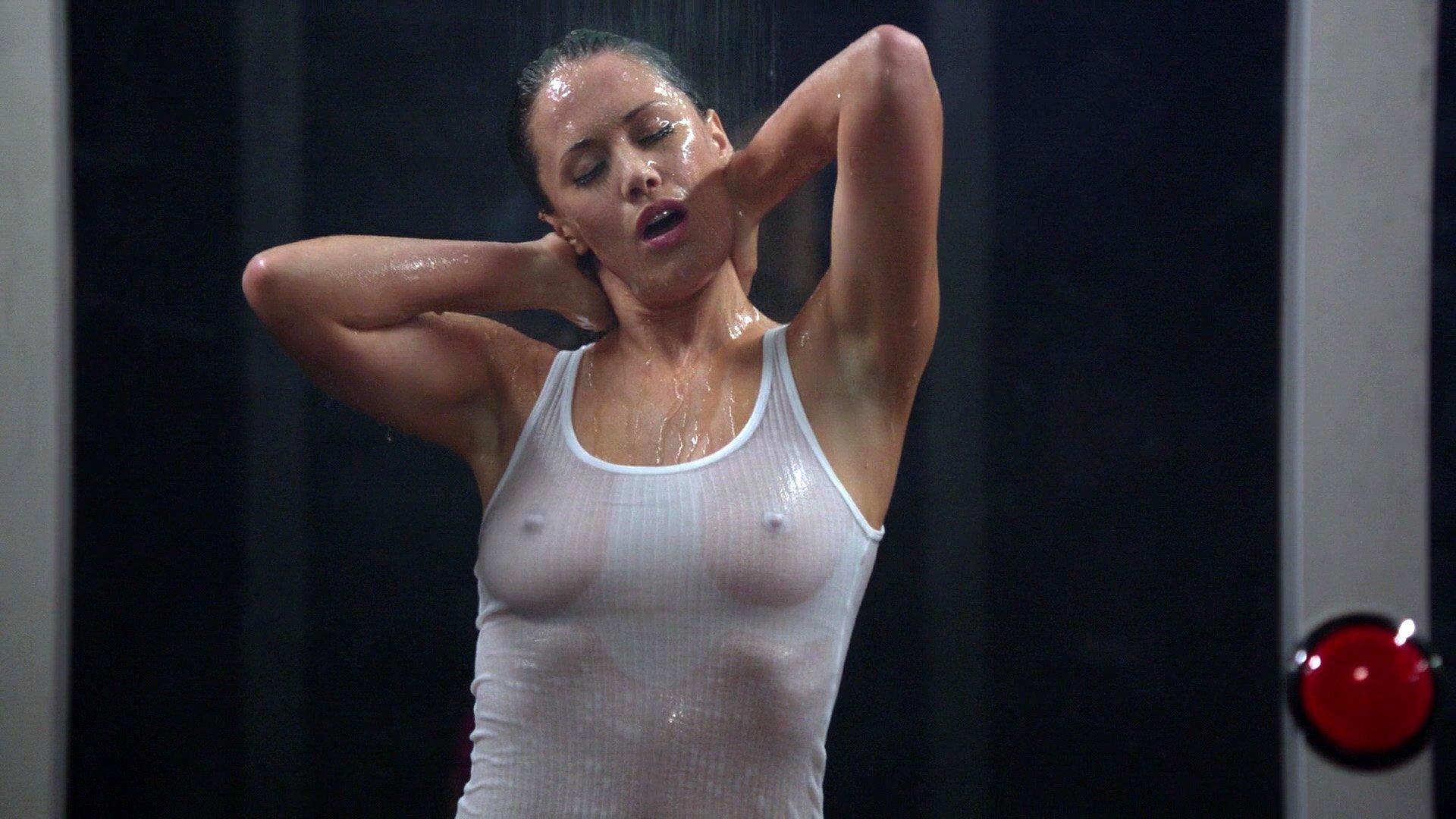 Sarah Armstrong nude - Episodes s05e01 (2017)