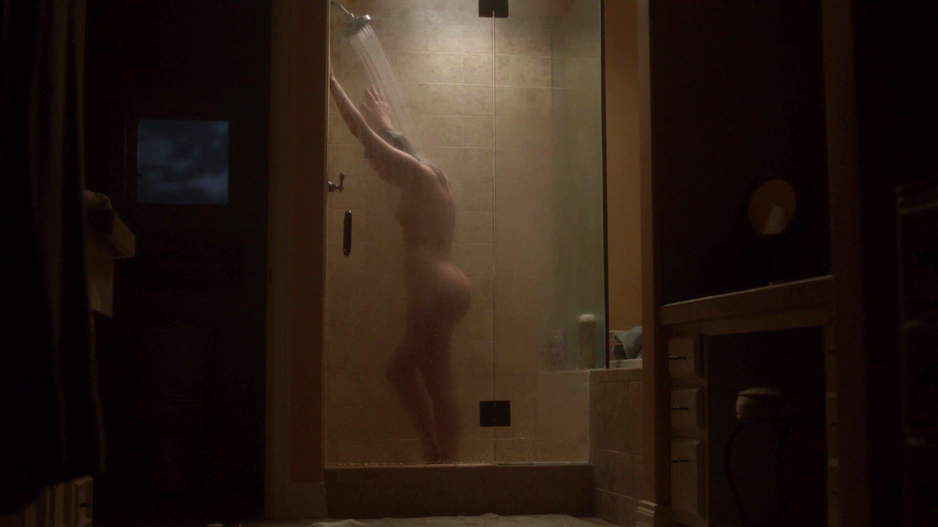 Lili Simmons nude - Ray Donovan s05e03 (2017)