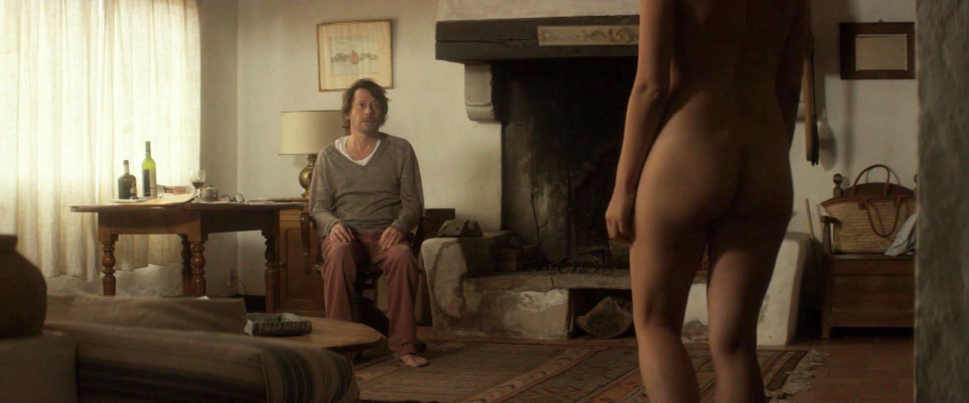 Nude Video Celebs  Marion Cotillard Nude - Les Fantomes D -8333