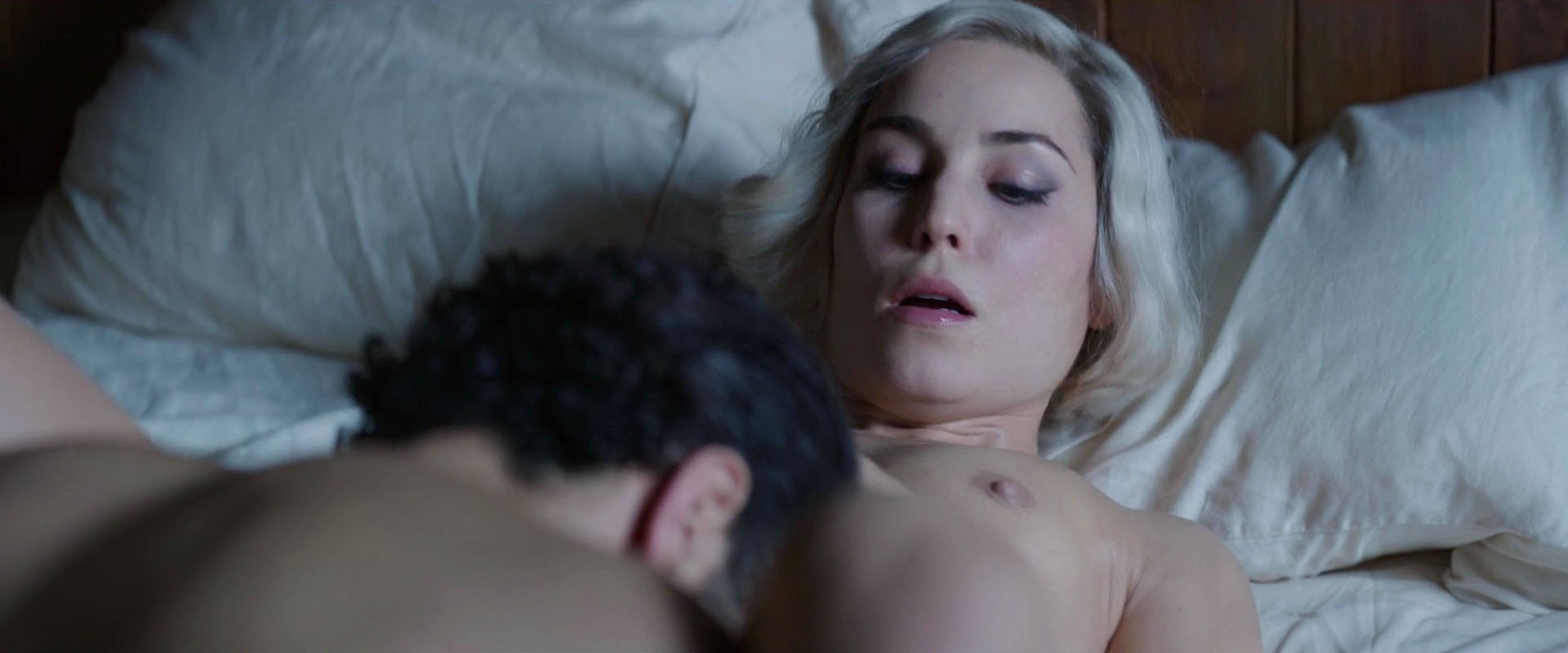Nude Video Celebs  Noomi Rapace Nude - Seven Sisters 2017-3918