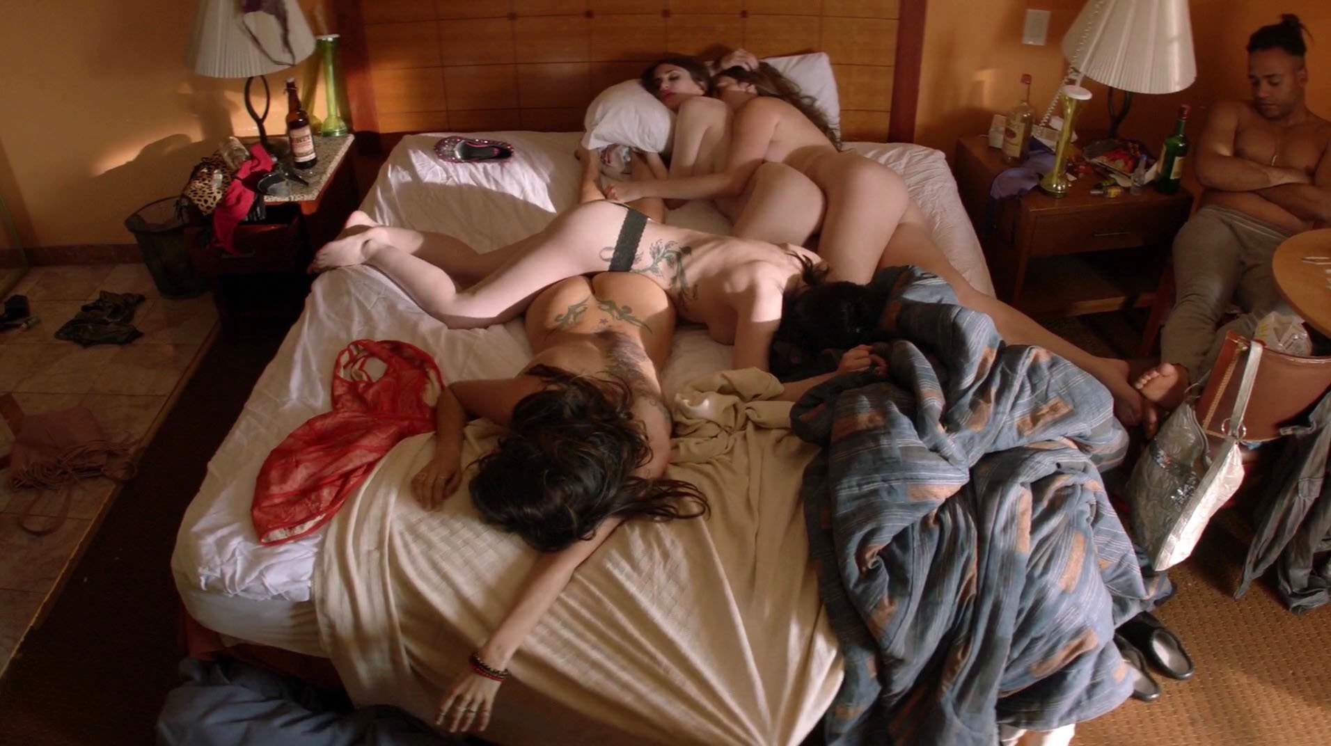 Christina Ochoa nude - Animal Kingdom s02e11 (2017)