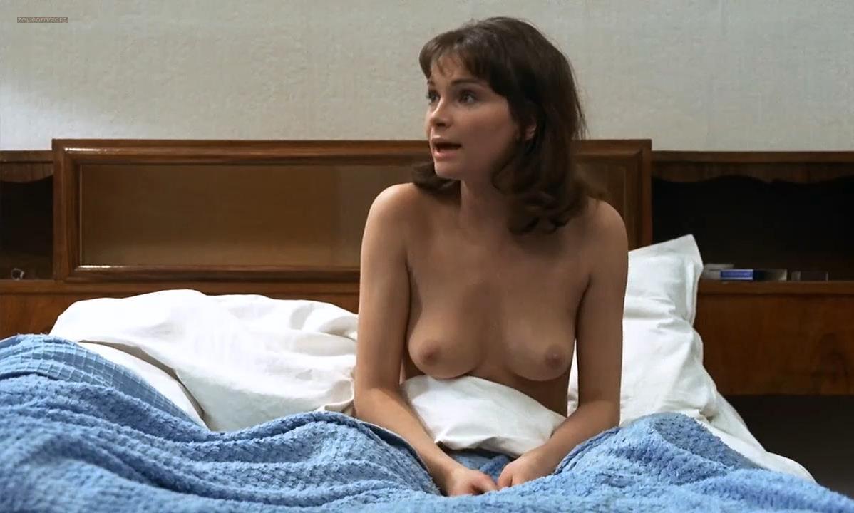 Martine Brochard nude - Baisers voles (1969)