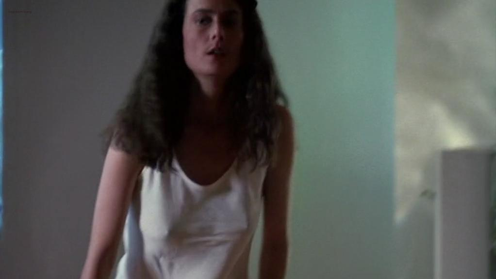 Mel Harris sexy - K-9 (1989)