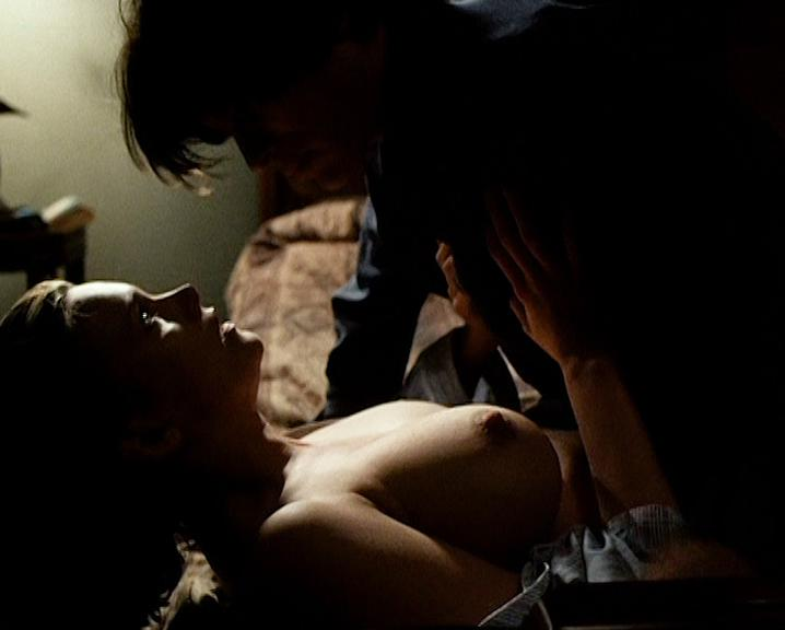Natasha Henstridge nude - Caracara (1999)