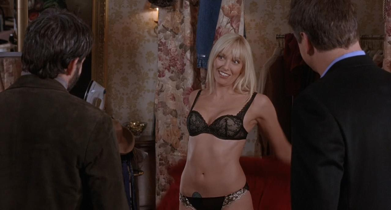 Toni Collette nude, Calista Flockhart sexy - The Last Shot (2004)