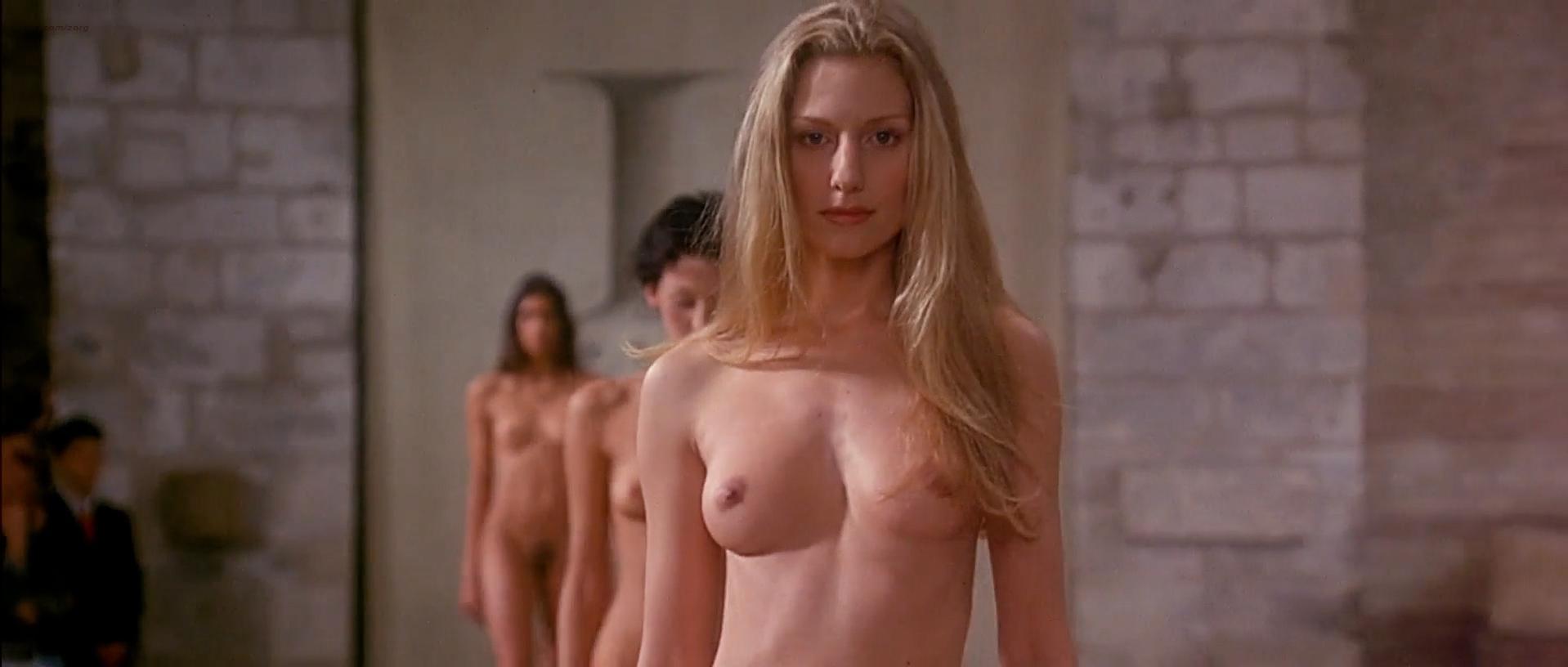 Ute Lemper nude, Eve Salvail nude, Georgianna Robertson nude - Pret a Porter (1994)