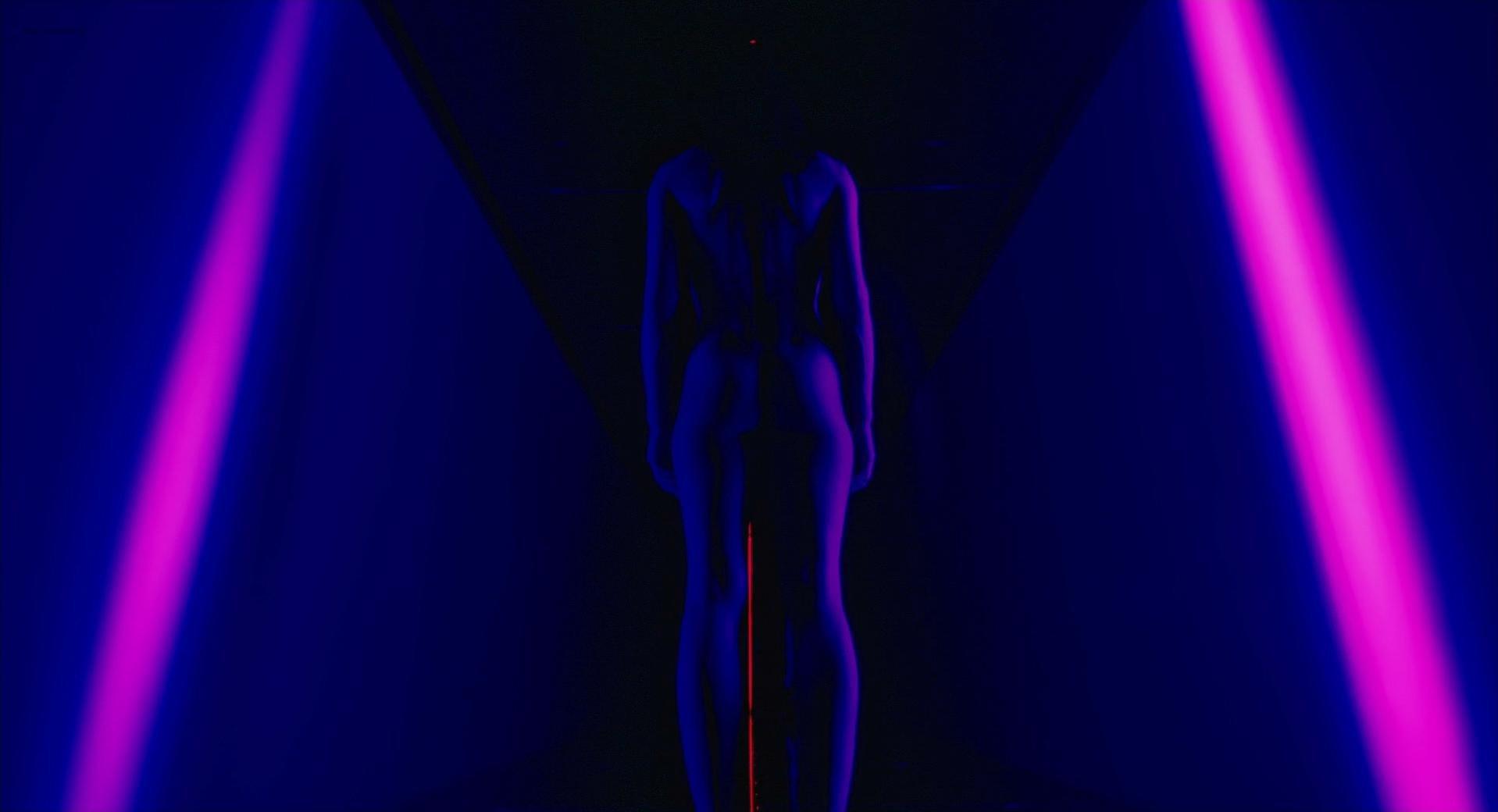 Milla Jovovich nude - Ultraviolet (2006)