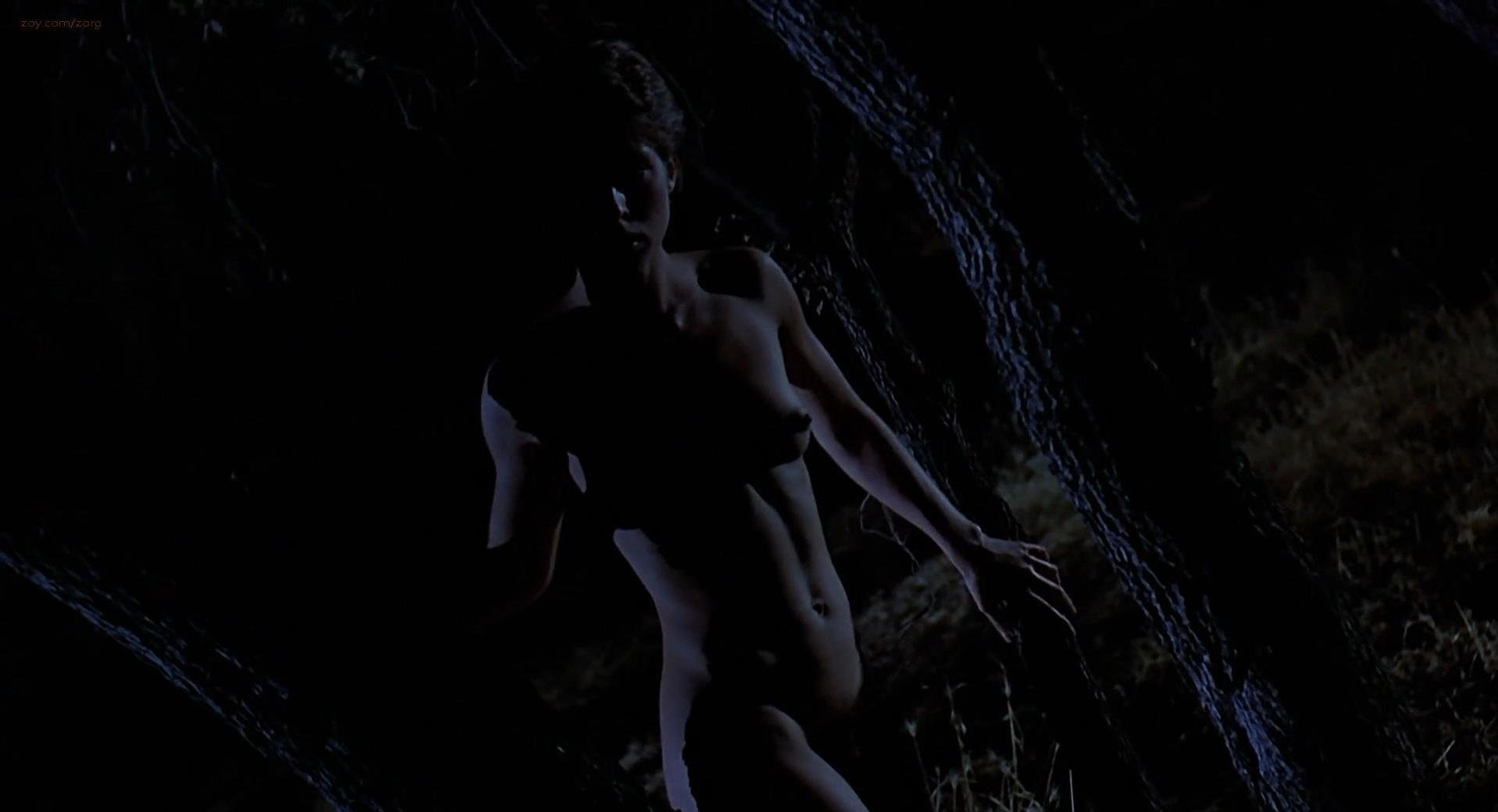 Nastassja Kinski nude - Cat People (1982)